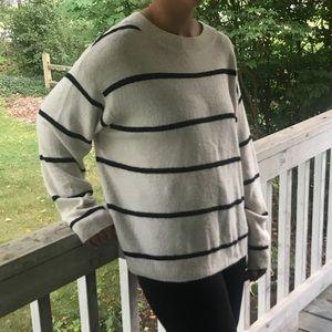 H&M Sweaters - H&M striped sweater